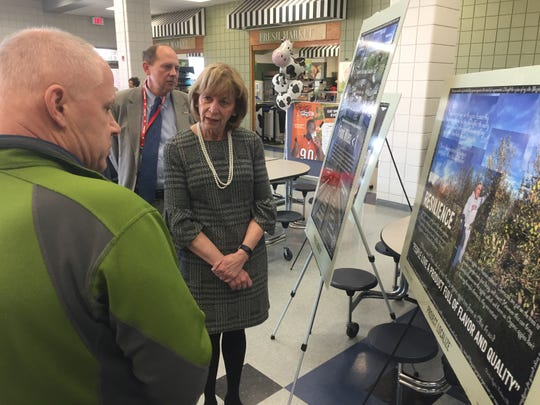 Granville Educator Jim Reding discusses Granville environmental and ecological programs with Ohio First Lady Fran DeWine during a March 11 visit to Granville Middle School.