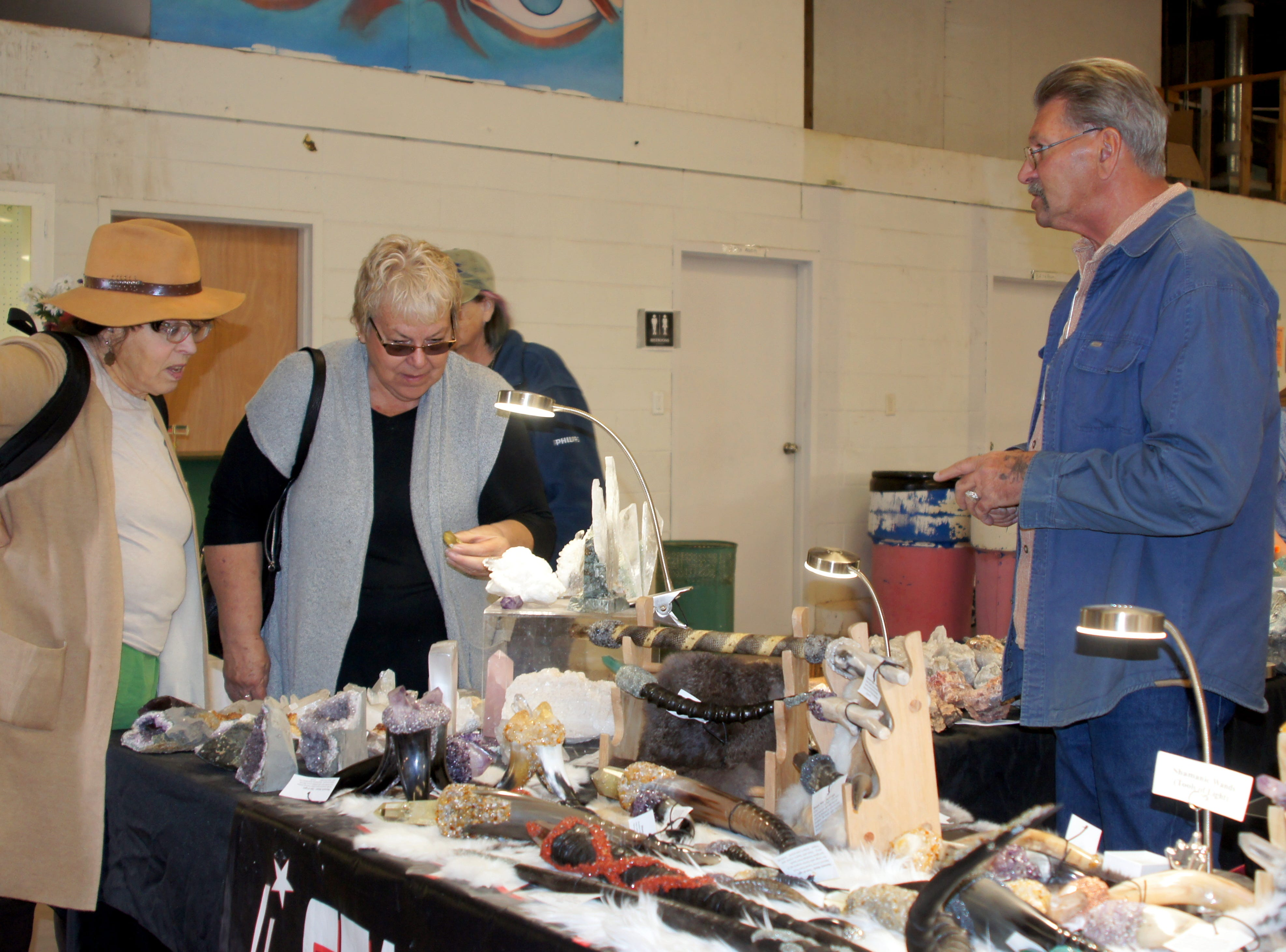 The 54th annual Rockhound Roundup drew buyers, sellers and the curious to Deing, NM.