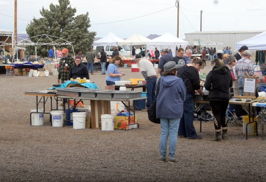 Vendors also filled the outside of the fairgrounds with everything from polished rocks and minerals, precious stones, jewelry and fossilized rocks.
