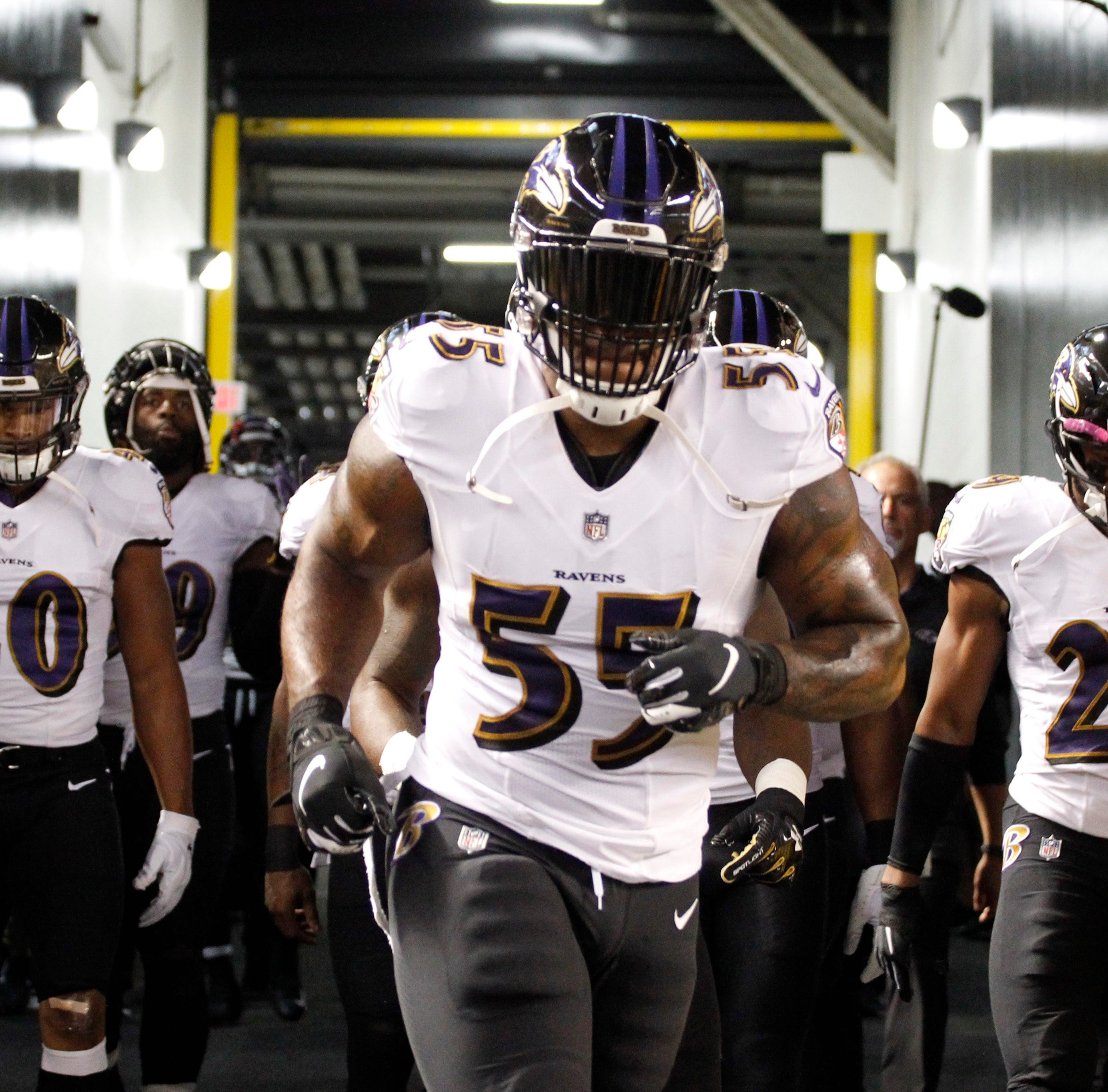 Arizona Cardinals reportedly reach one-year deal with Terrell Suggs; will release Gresham