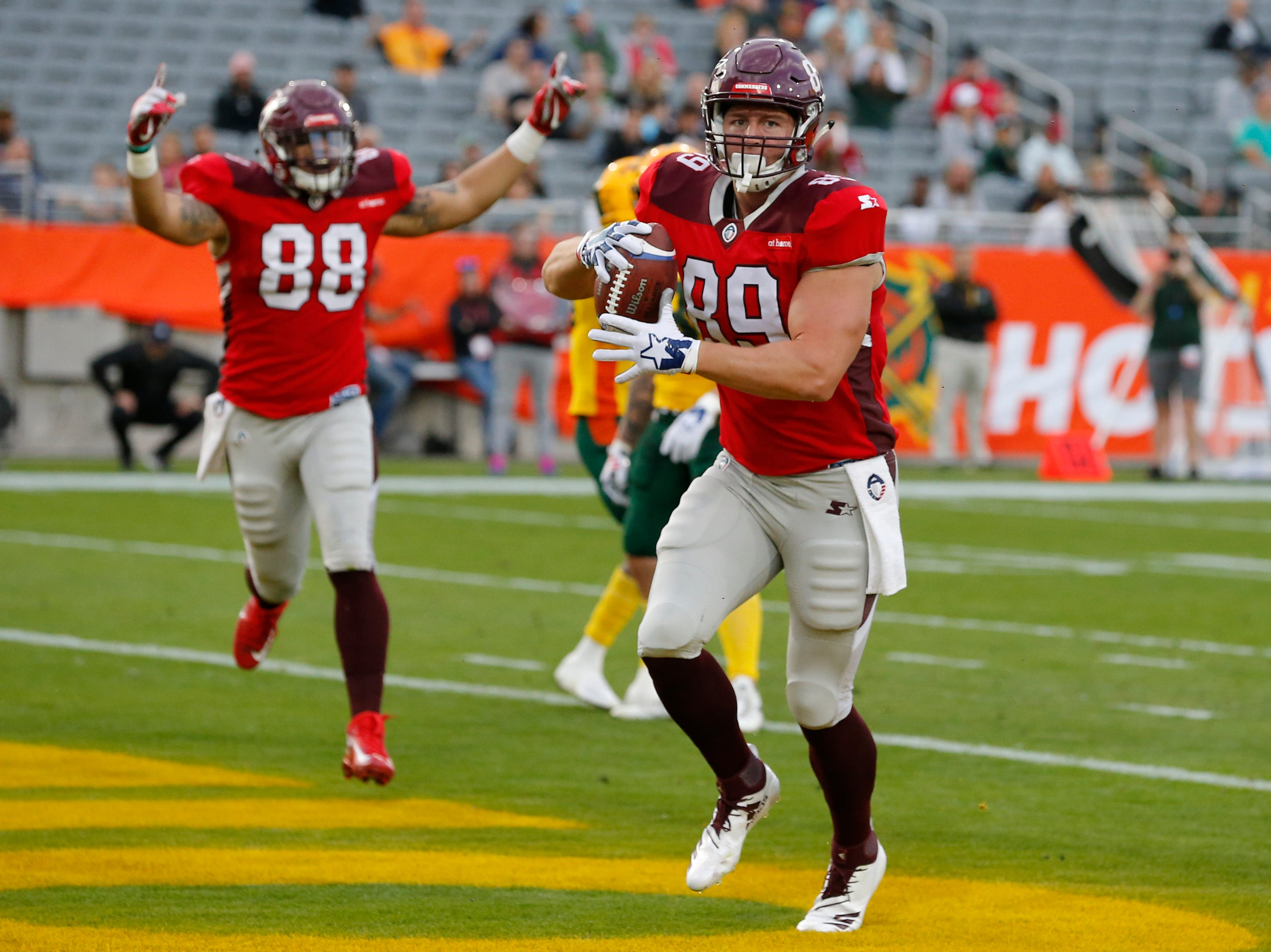 San Antonio Commanders tight end Stehly Reden (89) celebrates after scoring a touchdown against the Arizona Hotshots in the first half during an AAF football game, Sunday, March 10, 2019, at Sun Devil Stadium in Phoenix. (AP Photo/Rick Scuteri)