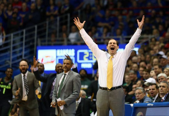 Here are the five highest-paid coaches who are on track to miss the NCAA tournament