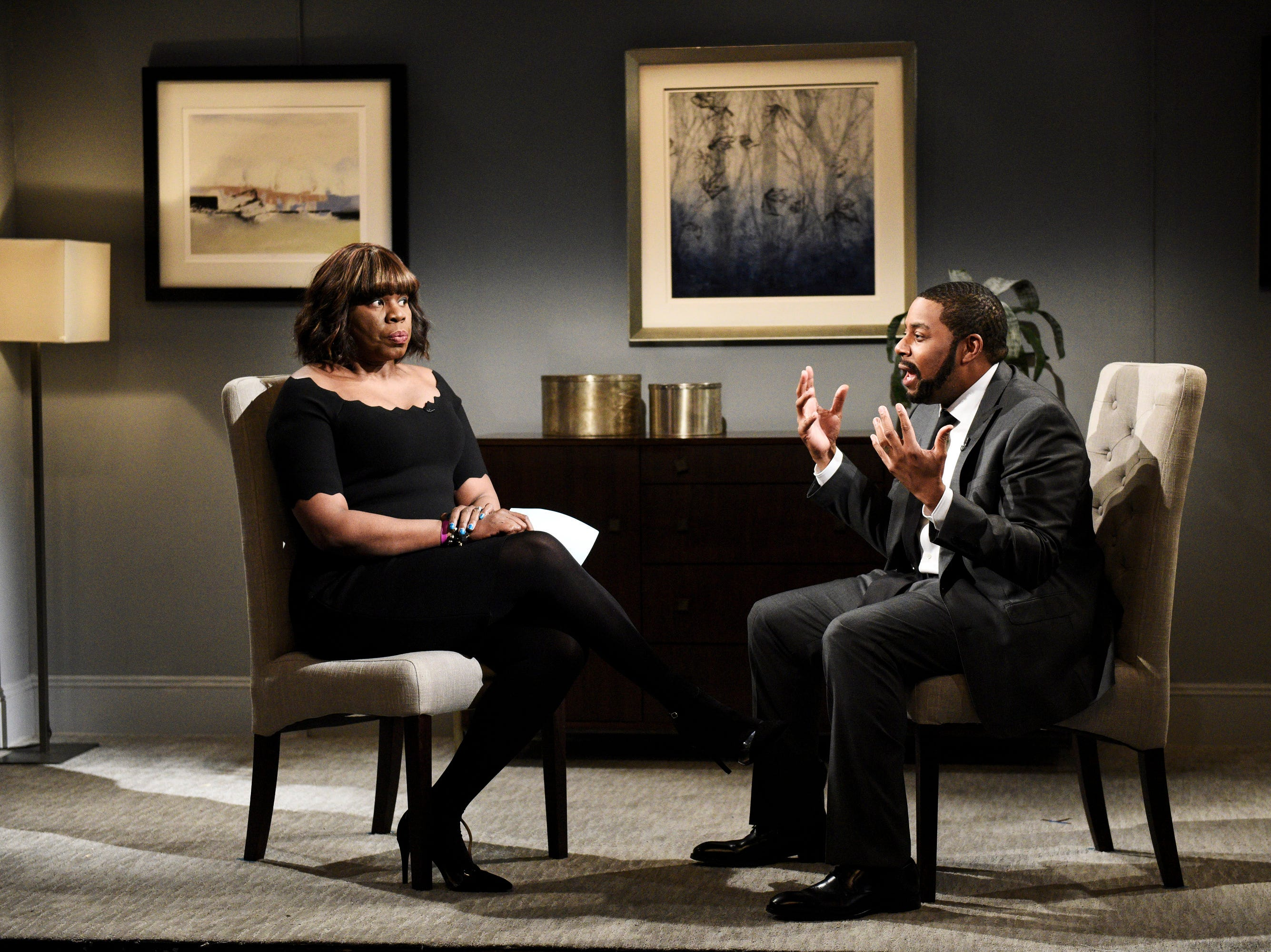 "Instead of the usual political sketch, ""SNL"" kicked off its March 9 episode mocking Gayle King's interview with R. Kelly. The singer, played by Kenan Thompson, gave answers to questions from King (Leslie Jones) that seemed as ill conceived as the actual responses from R. Kelly in an interview earlier that week."