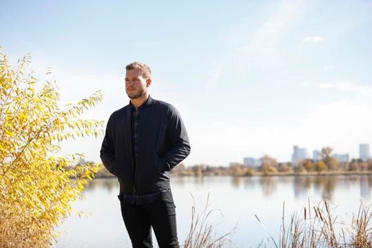 We're just hours away from seeing Bachelor Colton Underwood jump the fence.
