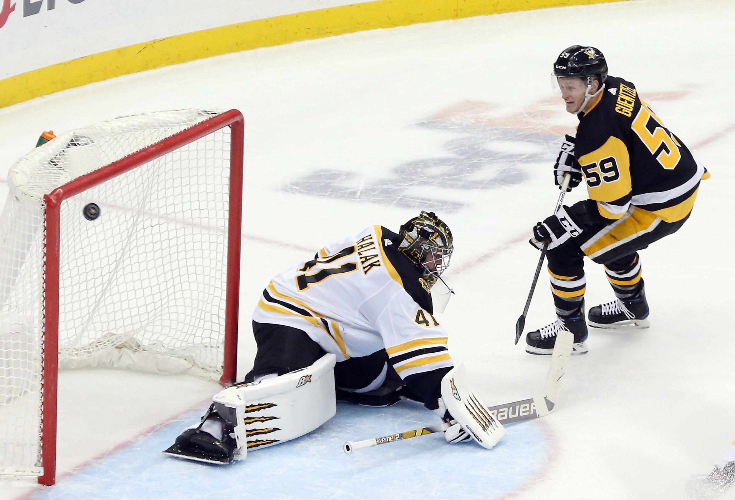 Penguins end Bruins' point streak at 19 games