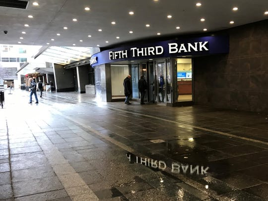 Bye bye breezeway? Fifth Third's plans to expand its headquarters lobby will eliminate the pedestrian pass-through from Fountain Square to Walnut Street.