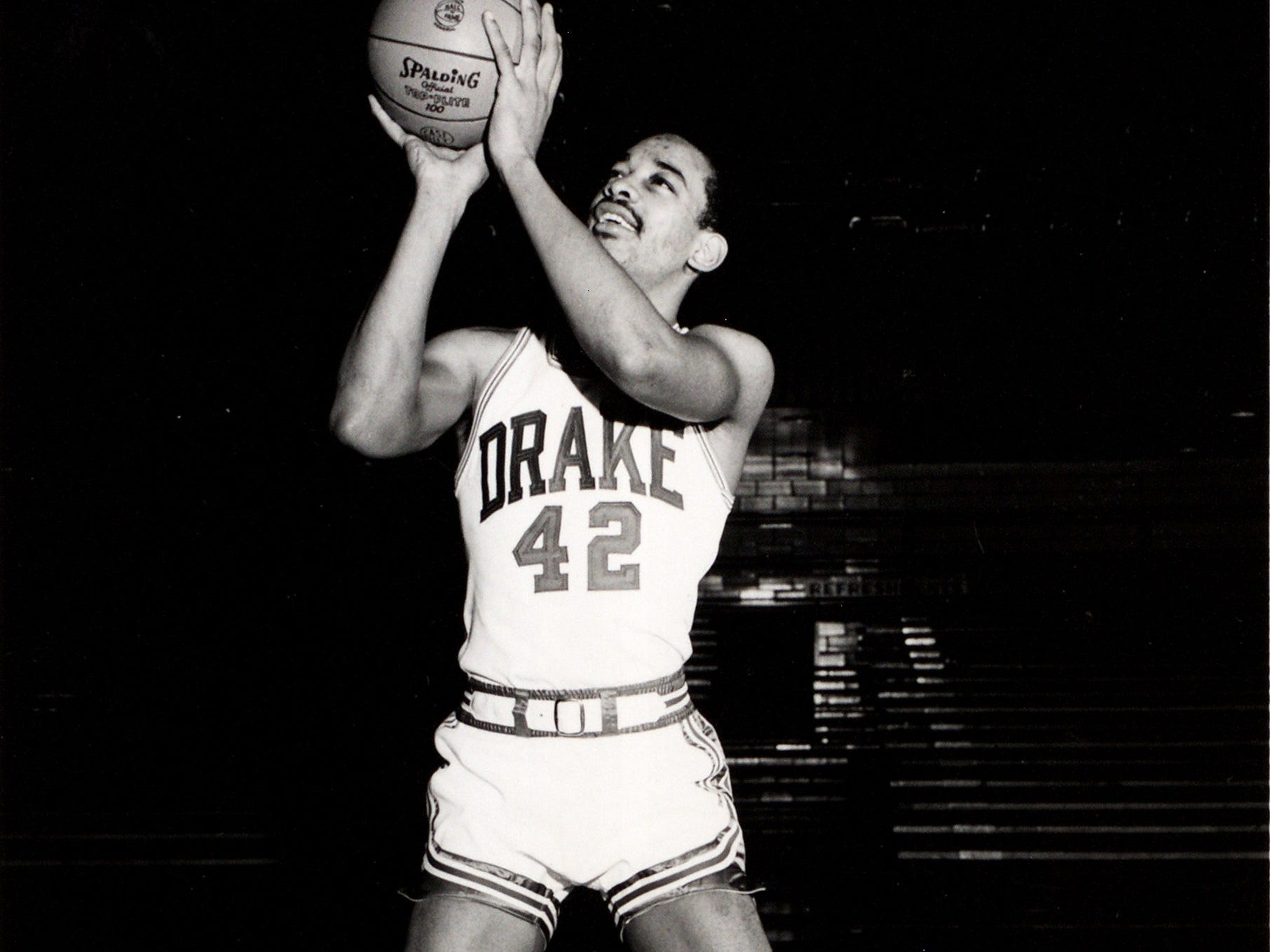 Willie Wise was a 6-5 senior forward on the 1968-69 Drake basketball team that made it to the NCAA Tournament's Final Four. He grabbed a team-high 11.4 rebounds and averaged 14.6 points that year.