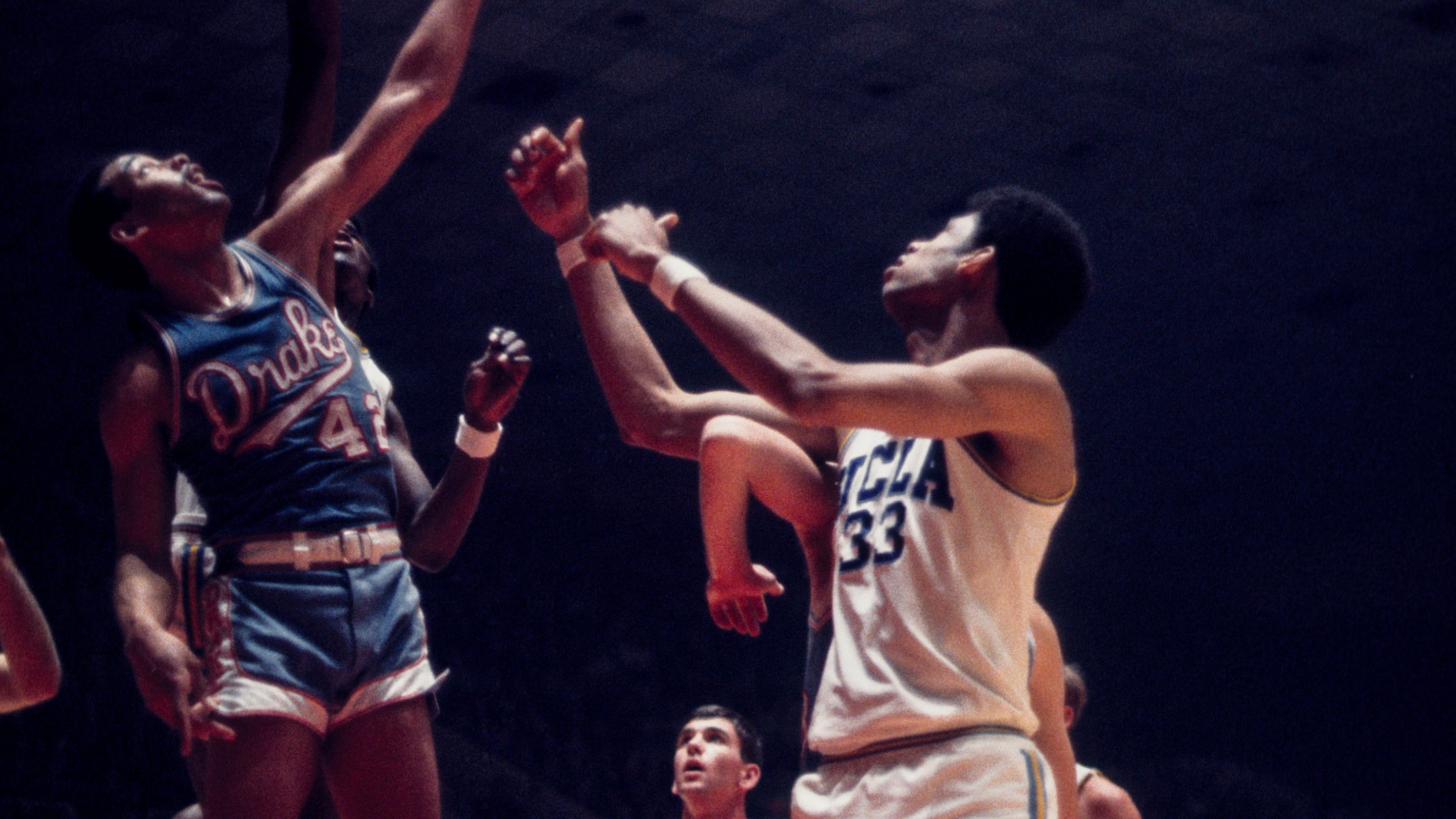 acb0ab435e3 March Madness  1969 Drake Bulldogs challenged UCLA dominance in NCAA  Tournament Final Four