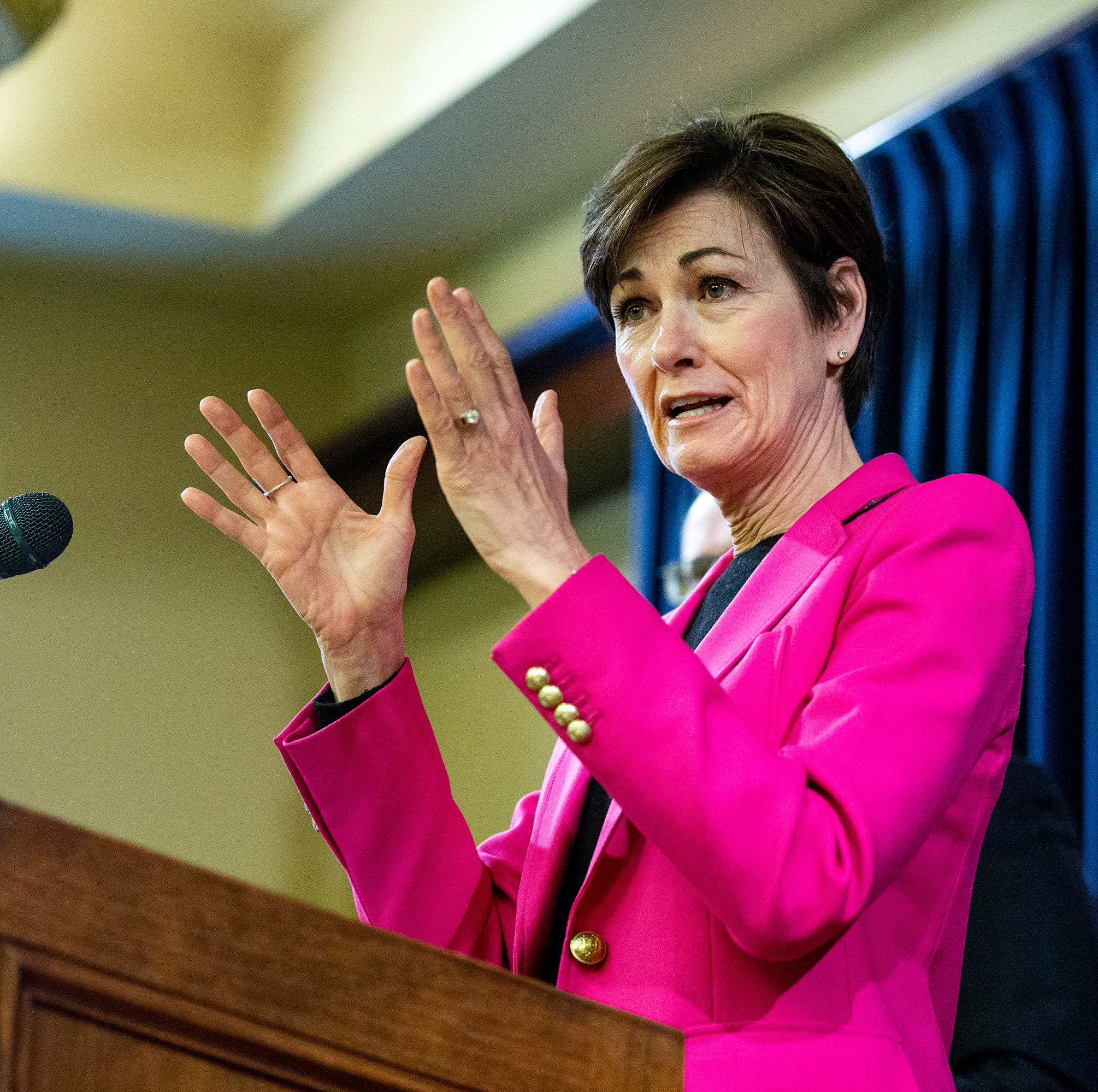 Kim Reynolds signs bill requiring Iowa universities to respect 'free speech' on campus