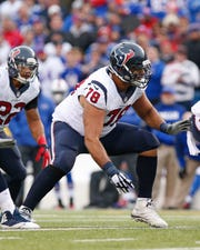 Texans guard Oday Aboushi during a game against the Bills on Dec. 6, 2015.