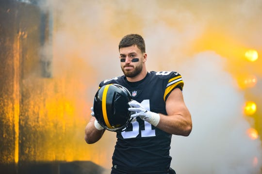 Steelers tight end Jesse James before the game against the Browns at Heinz Field, Oct. 28, 2018 in Pittsburgh.
