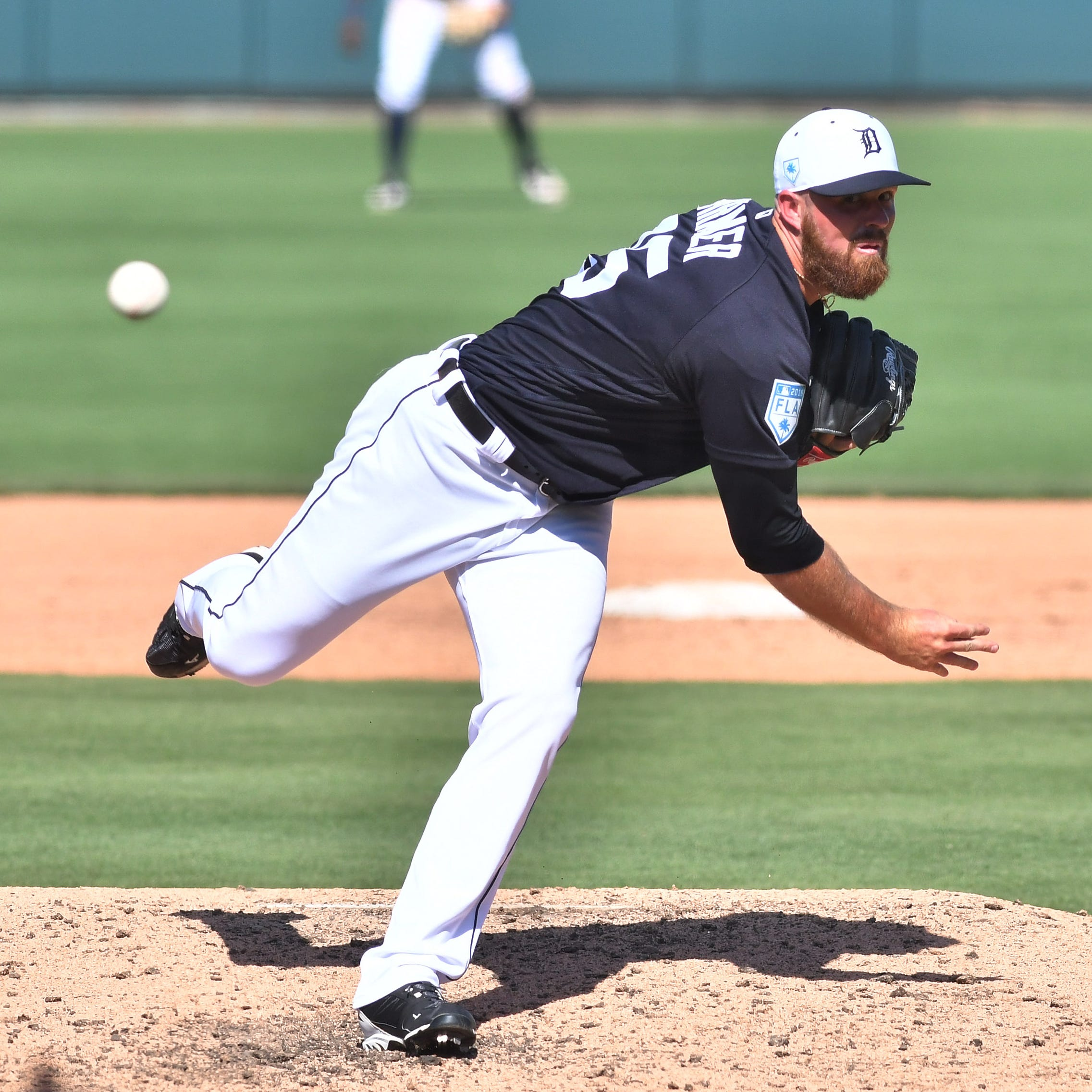 Tigers' Buck Farmer fighting to keep bullpen job, this time without safety net
