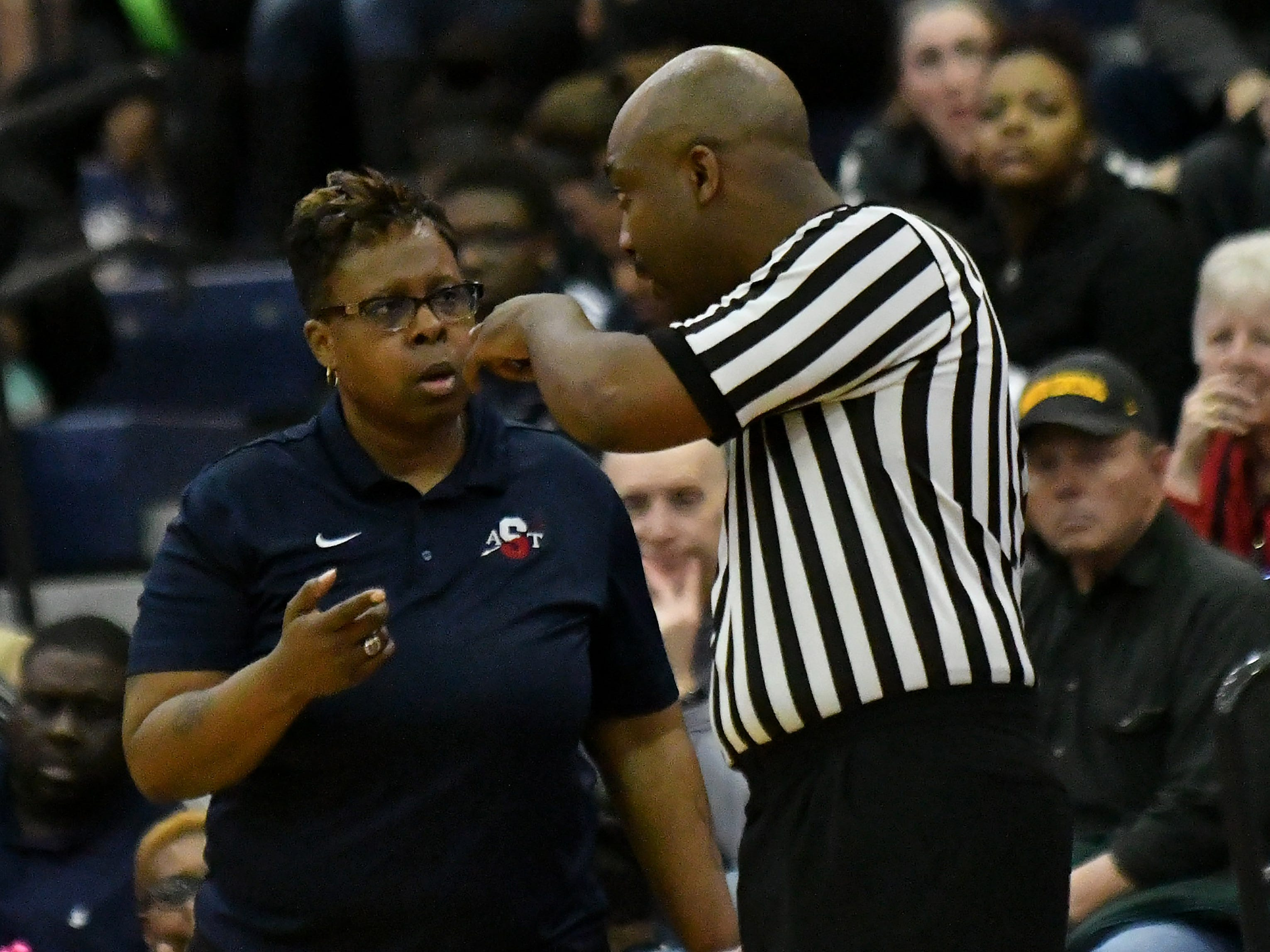 Southfield A&T coach Michele Marshall talks with a referee in the first half.