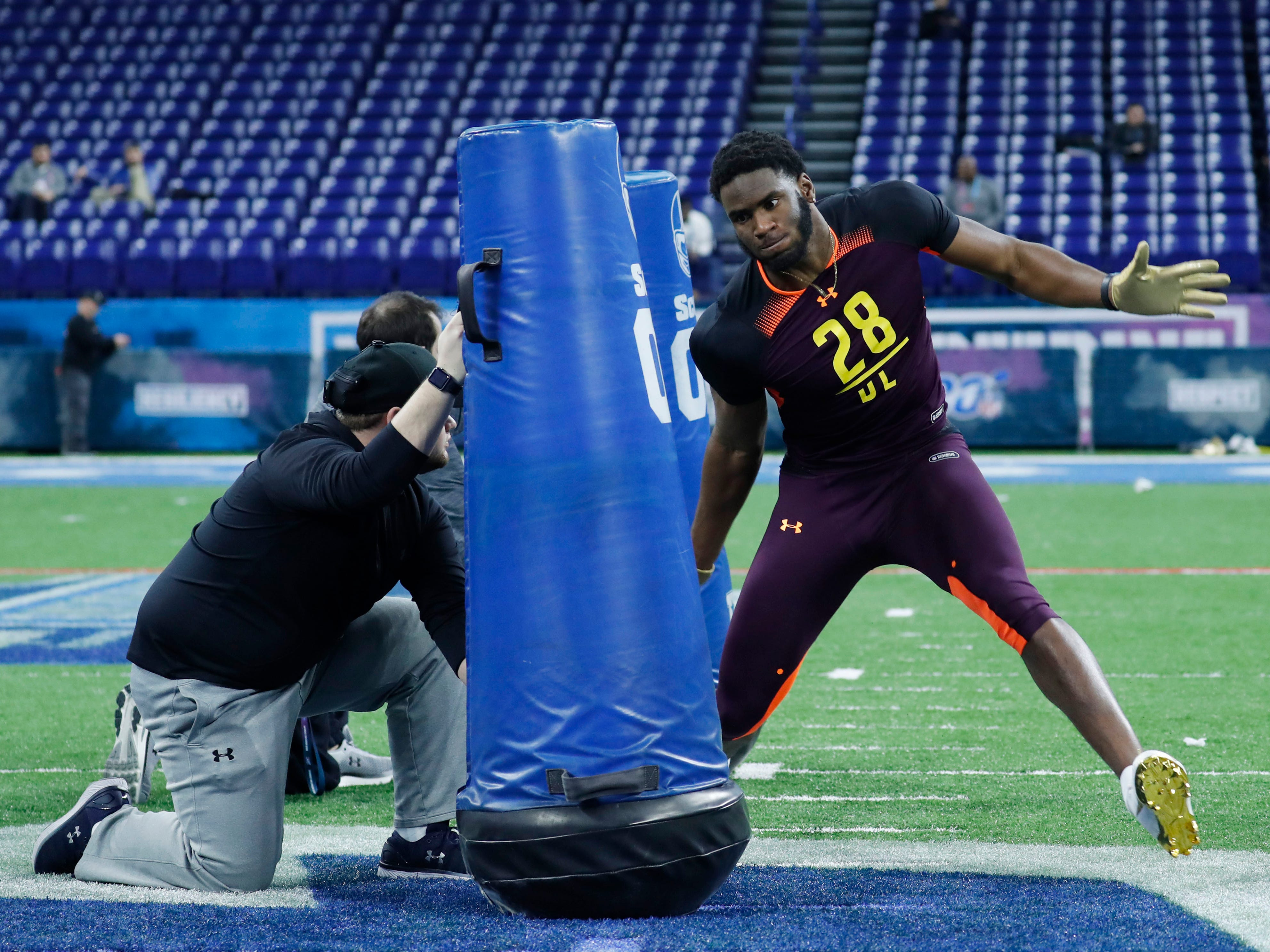Florida State defensive end Brian Burns goes through workout drills during the 2019 NFL Combine at Lucas Oil Stadium.