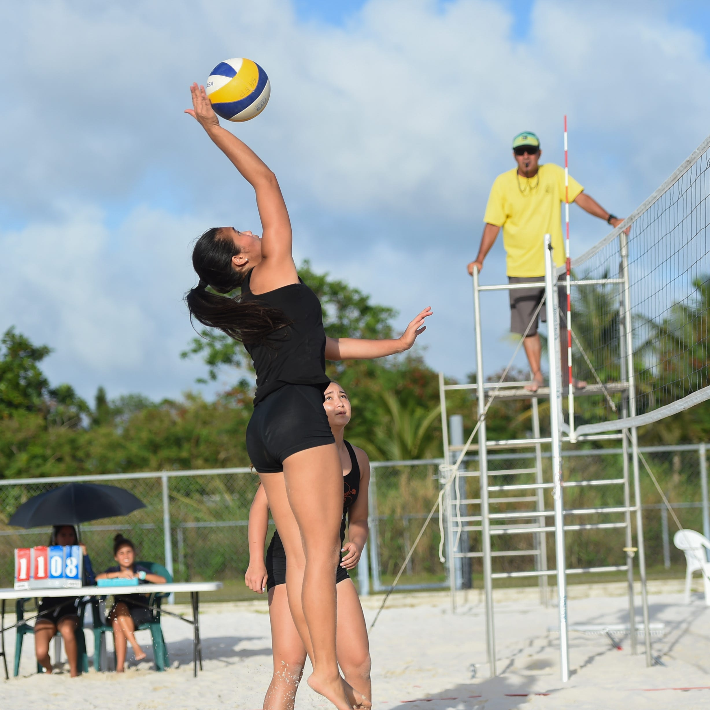 Shepherd/Wigsten claim high school IIAAG Beach Volleyball title