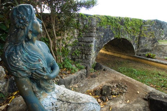 The San Antonio Bridge was built over the Hagatna River in 1800 by Spanish Gov. Manuel Muro and dedicated to San Antonio de Padua. San Antonio Bridge is also the site of the Sirena Statue, a symbol of one of Guam's more famous legends.