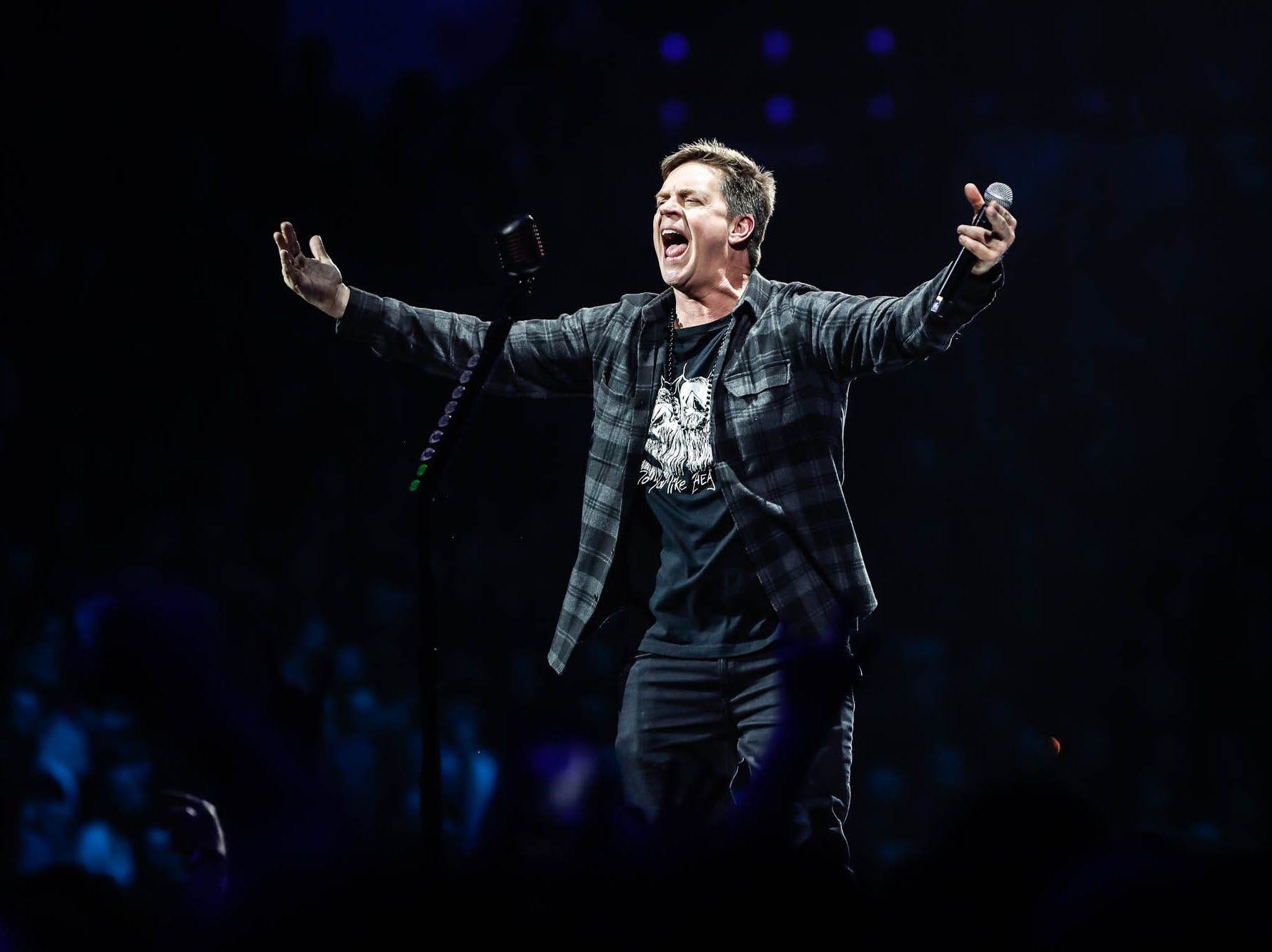 Comedy personality Jim Breuer revs up the crowd before Metallica takes the stage at Bankers Life Fieldhouse on Monday, March 11, 2019.