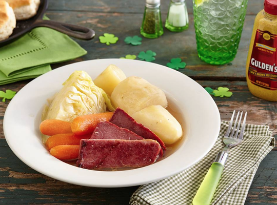 Screenshot of Corned Beef & Cabbage dish from Crackerbarrel.com.