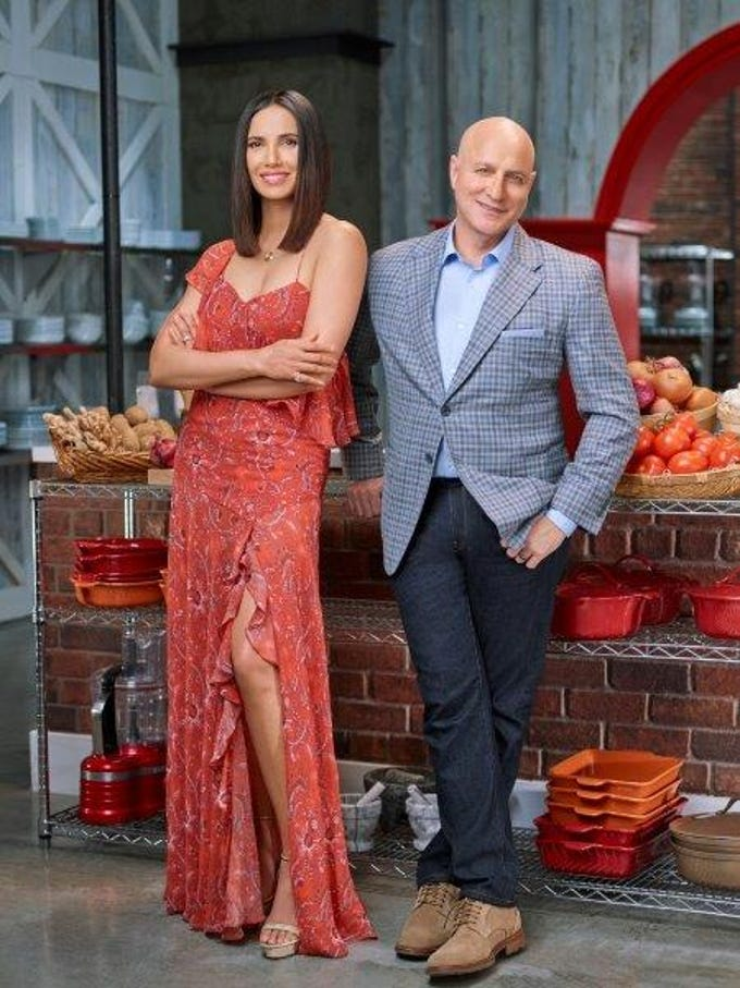 """""""Top Chef"""" judges Padma Lakshmi and Tom Colicchio on teh set of Bravo's """"Top Chef"""""""
