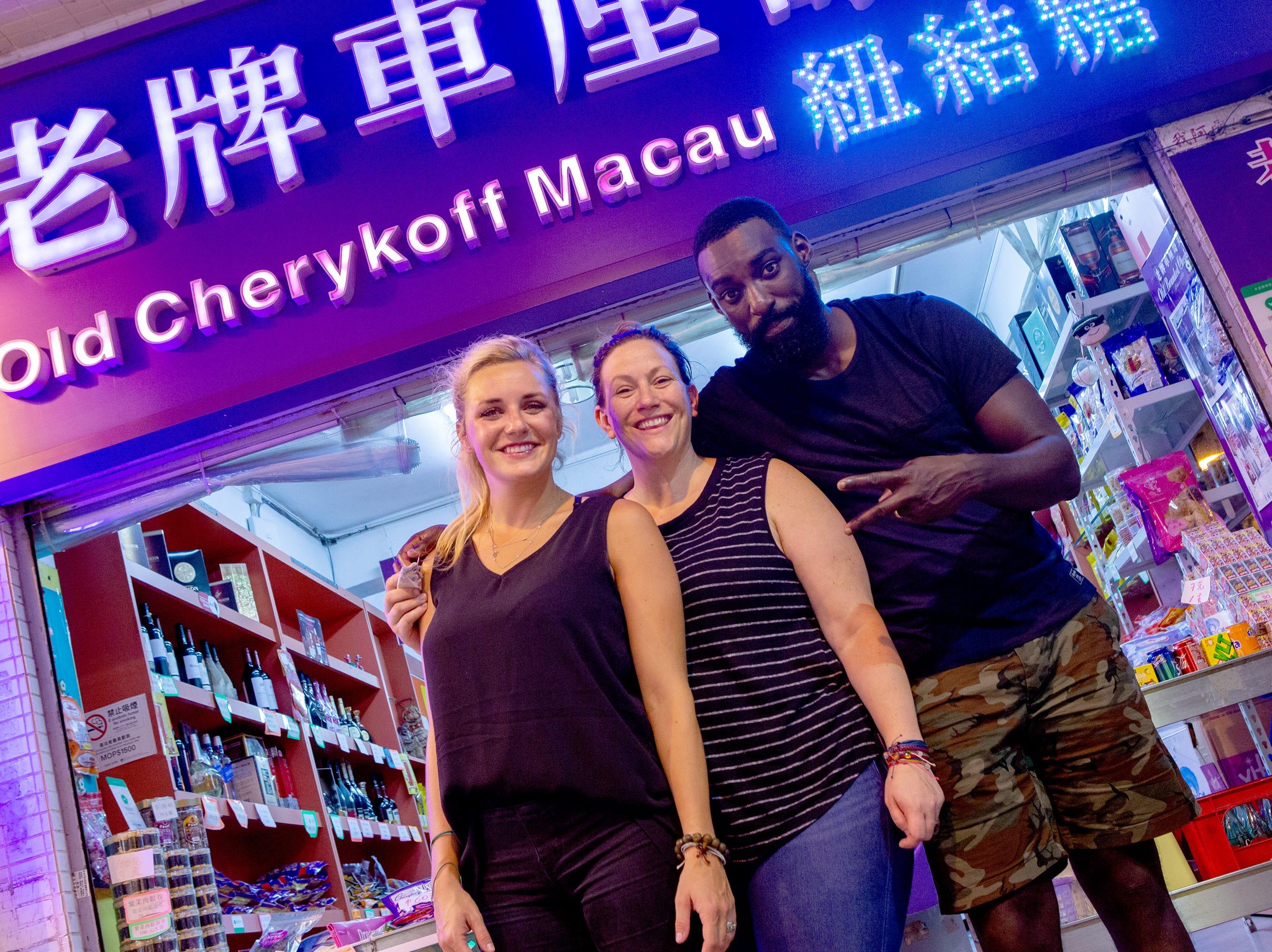 (Left to right) Finalists Kelsey Barnard Clark, Sara Bradley and Eric Adjepong in episode 15 of 'Top Chef' Kentucky.