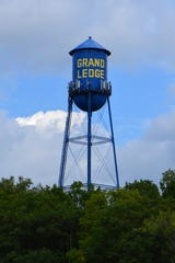 A Grand Ledge city employeenamed in alawsuit alleginga former city employee was retaliated againstafter reporting a racist comment by a city supervisor has resigned.