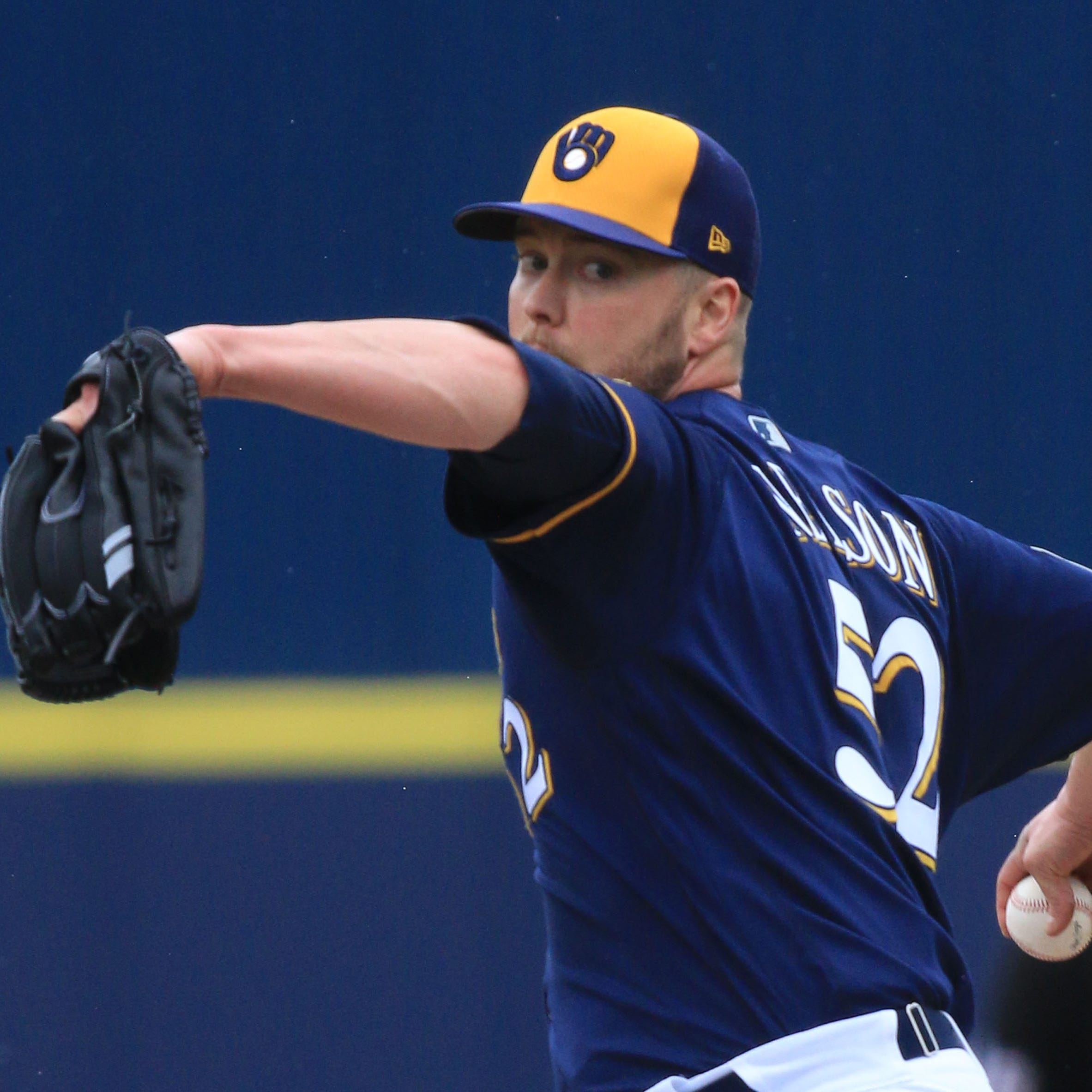 Brewers opt to keep Jimmy Nelson at Class AAA San Antonio for now