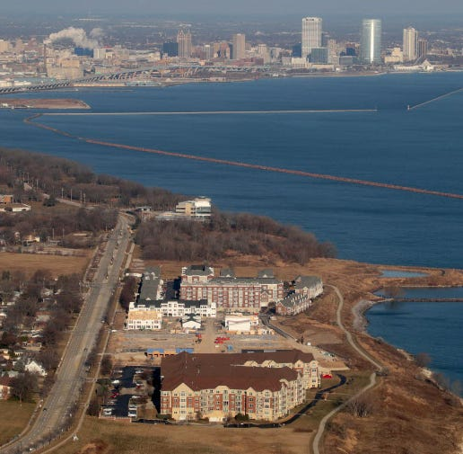 Over 20 acres on St. Francis lakefront sold to Milwaukee-area investors group for possible office development