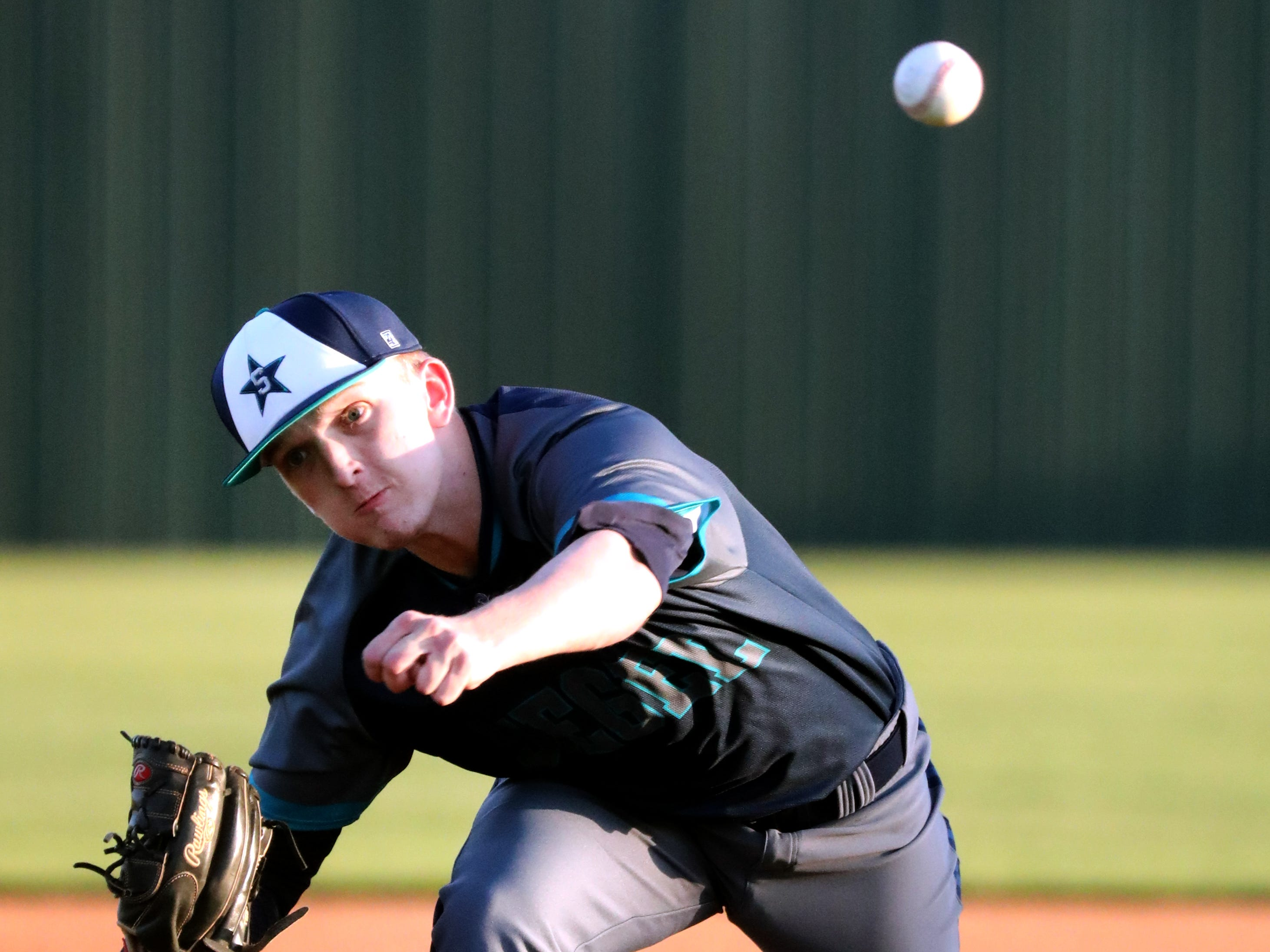 Siegel's Jaden Lasley (17) pitches during the game against Blackman on Monday, March 11, 2019.