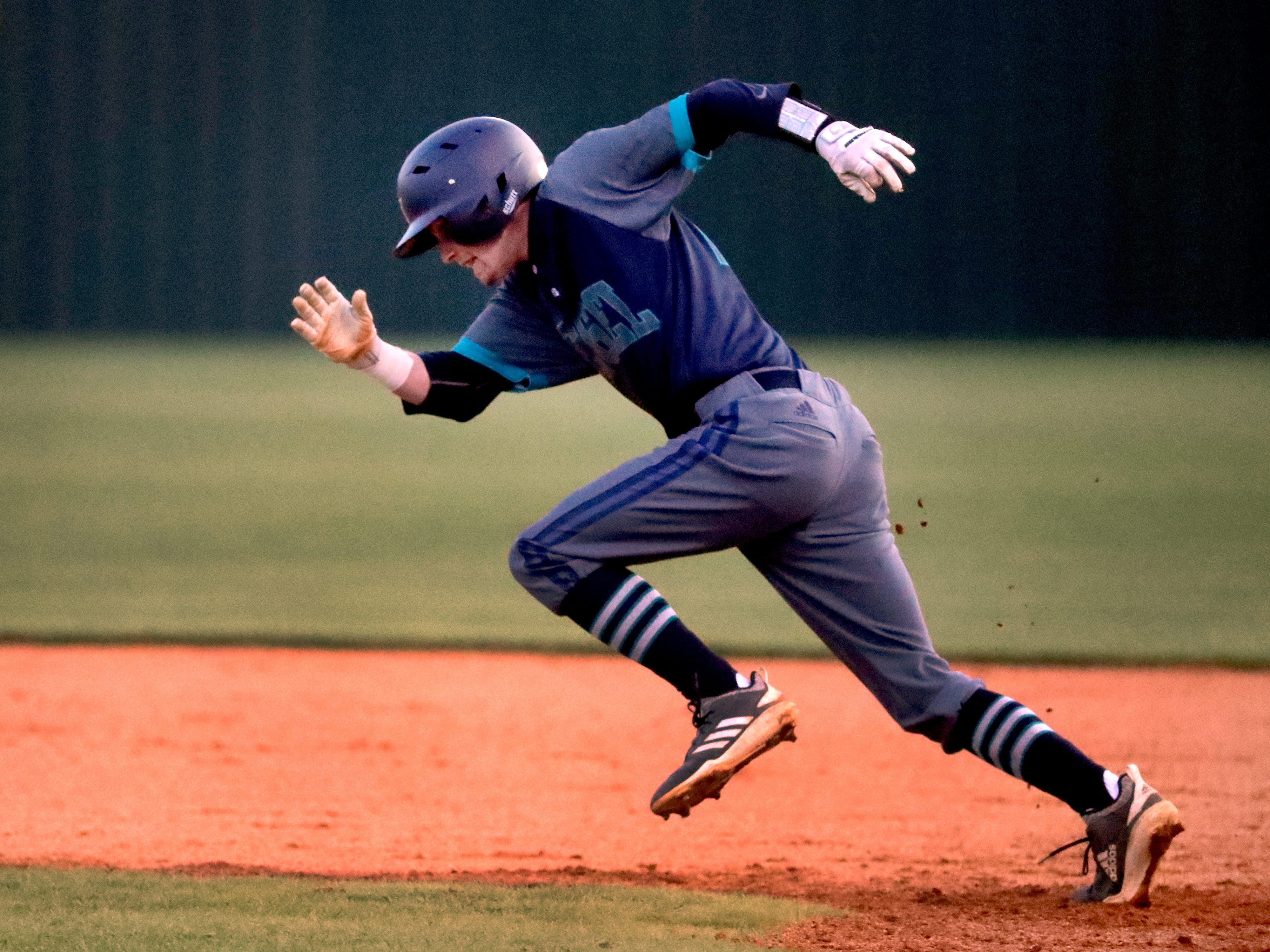 Siegel's Cooper Moss (29) runs to second base during the game against Blackman, on Monday, March 11, 2019.