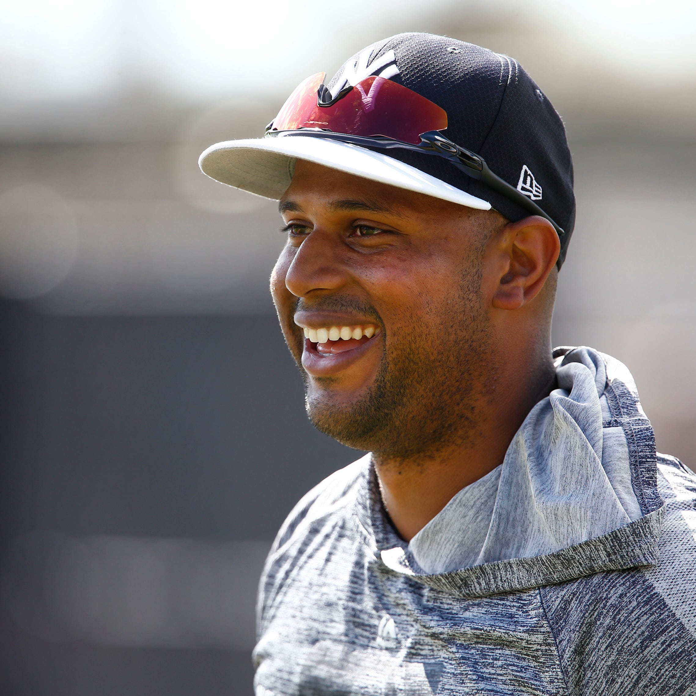 Yankees' Aaron Hicks moving closer to heading out on minor league rehab assignment