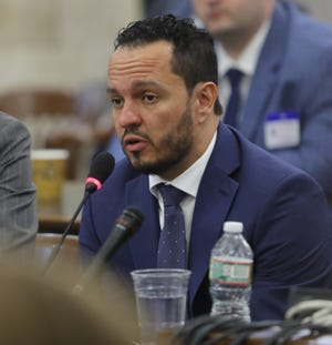 Al Alvarez, who was accused of sexually assaulting Katie Brennan during the Murphy campaign, testifies on March 12, 2019, before the legislative oversight committee investigating Murphy hiring.