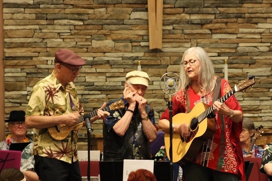 The Las Cruces Ukes Stilled Strings Memorial Concert raised over $2,000 to support Mesilla Valley Hospice.