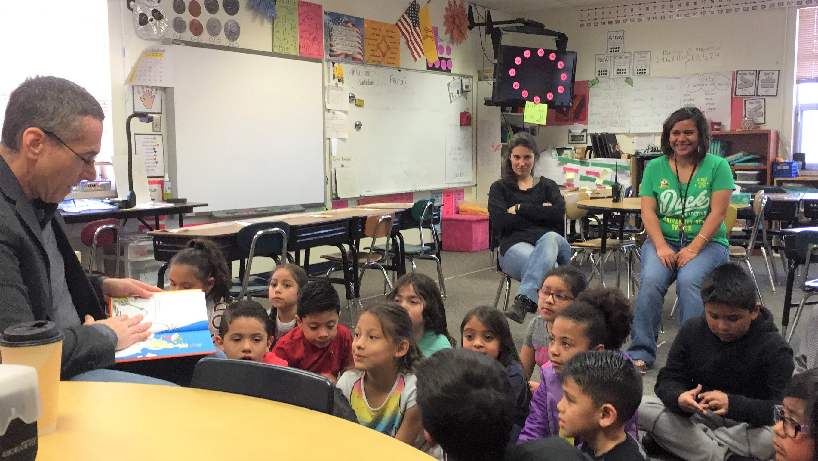 Dr. Bickert reads to bi-lingual students at Sierra Vista Primary of Angie Romero's and Meritxel Garcia's classes.
