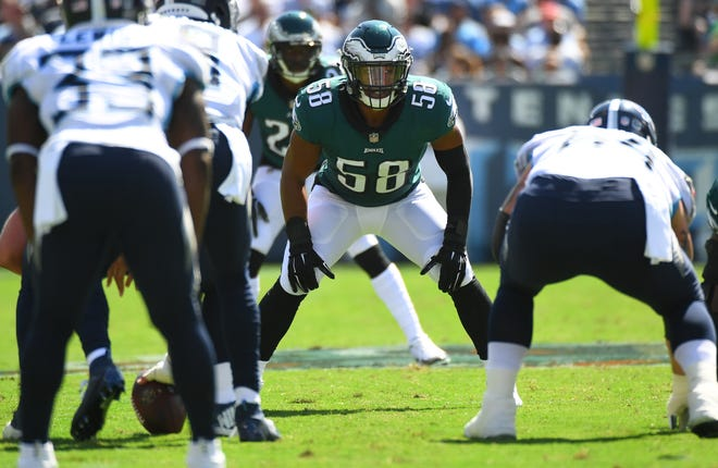 Eagles linebacker Jordan Hicks (58) lines up against the Titans during the first half of a game at Nissan Stadium.