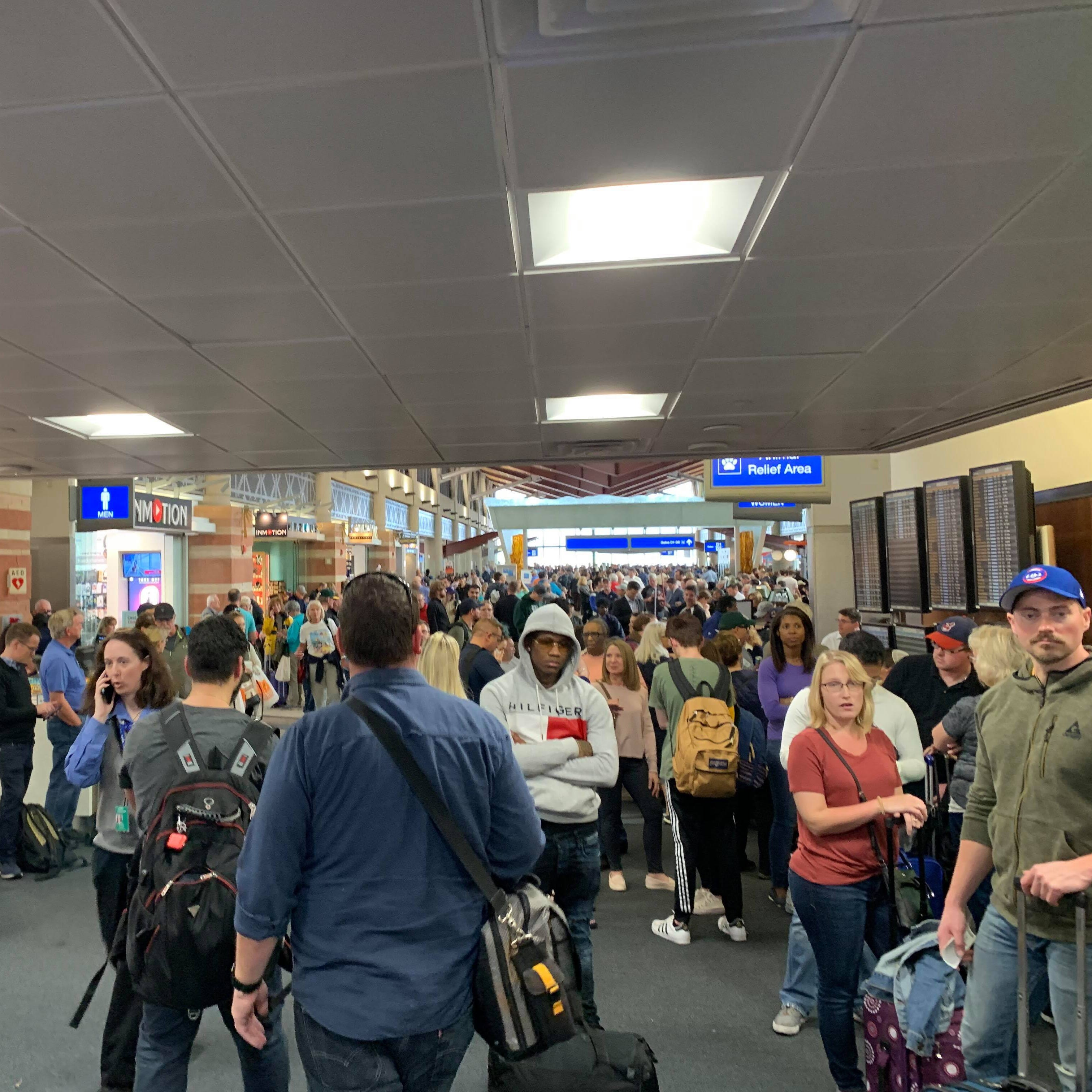 Sky Harbor Terminal 4 reopens after suspicious luggage forces evacuation