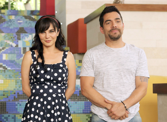 La cinta es protagonizada por Omar Chaparro y Martha Higareda.