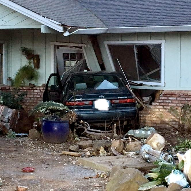 Driver swerves to avoid deer, crashes into home