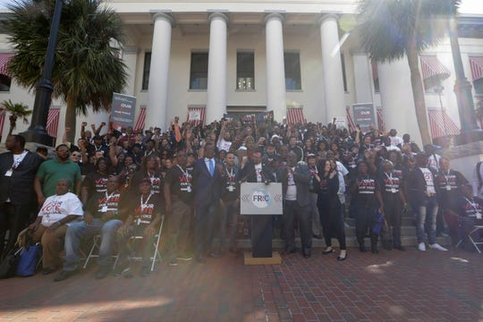 Five hundred Floridians with felony convictions and their family and friends gathered in the courtyard of the Florida Capitol Tuesday before going inside to meet with their legislators to advocate for Amendment 4 legislation.