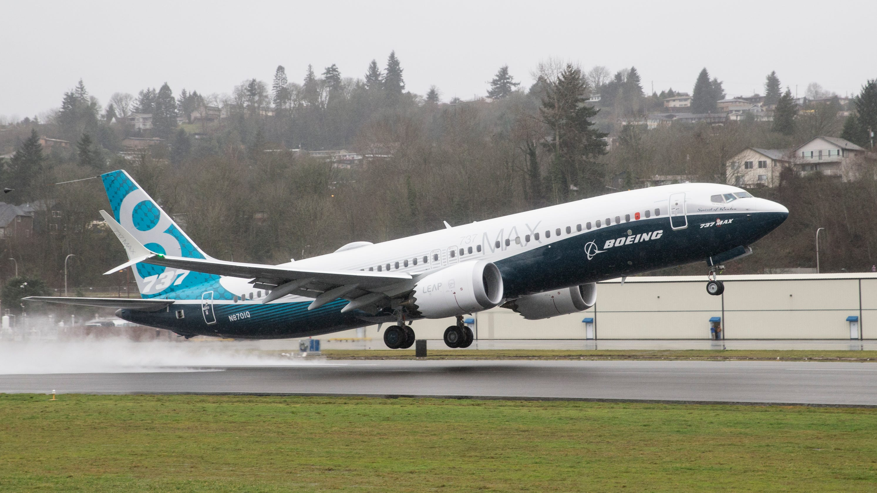 Boeing 737 MAX 8 pilots voiced safety concerns before