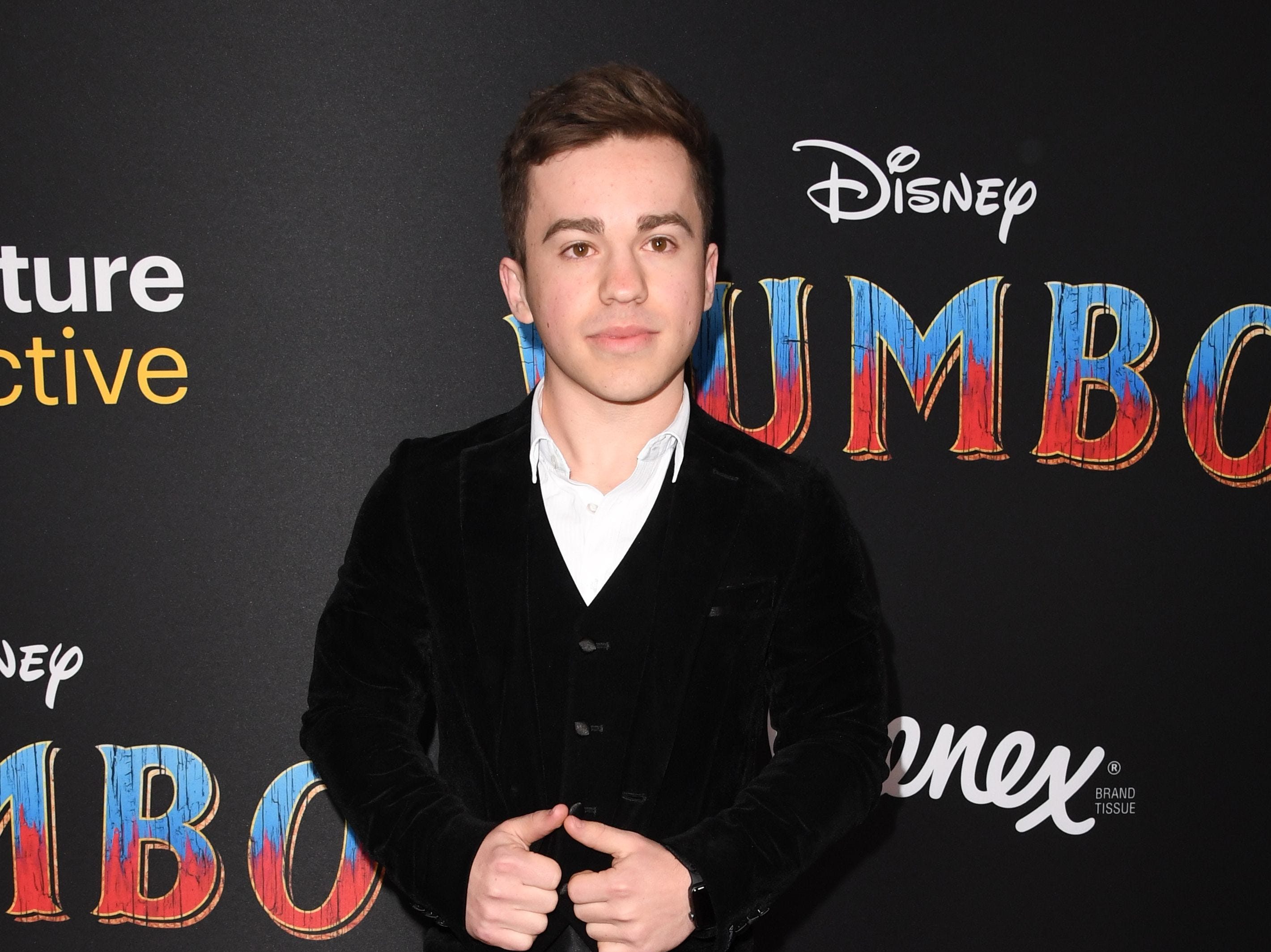 """English actor Edd Osmond arrives for the world premiere of Disney's """"Dumbo"""" at El Capitan theatre on March 11, 2019 in Hollywood. (Photo by Robyn Beck / AFP)ROBYN BECK/AFP/Getty Images ORG XMIT: Premiere ORIG FILE ID: AFP_1EI2ID"""