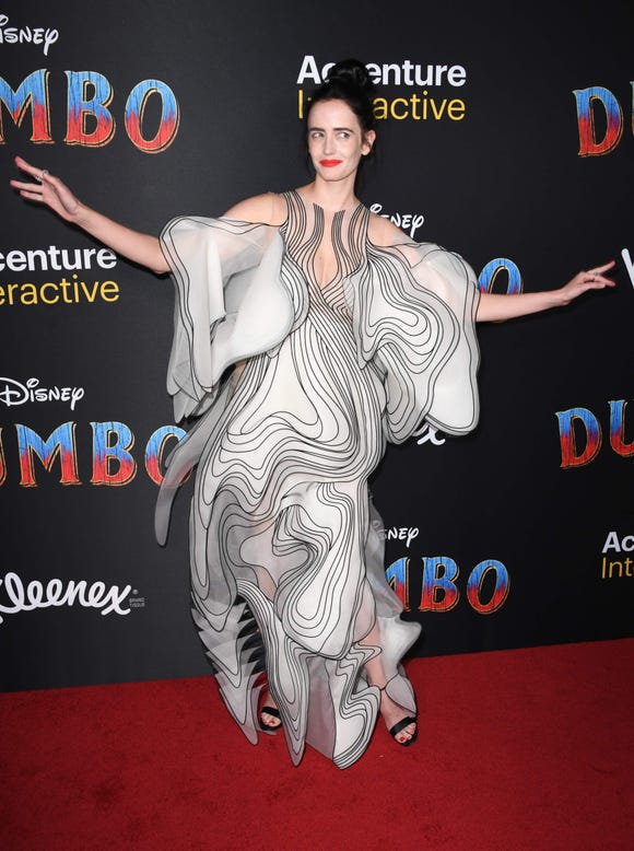 """French actress Eva Green arrives for the world premiere of Disney's """"Dumbo"""" at El Capitan theatre on March 11, 2019 in Hollywood. (Photo by Robyn Beck / AFP)ROBYN BECK/AFP/Getty Images ORG XMIT: Premiere ORIG FILE ID: AFP_1EI1UF"""
