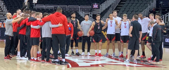 Texas Tech coach Chris Beard talks to the team during practice at the Sprint Center in Kansas City on Wednesday, March 13, 2019. The Red Raiders will play in the 6 p.m. Big 12 tournament quarterfinal on Thursday.