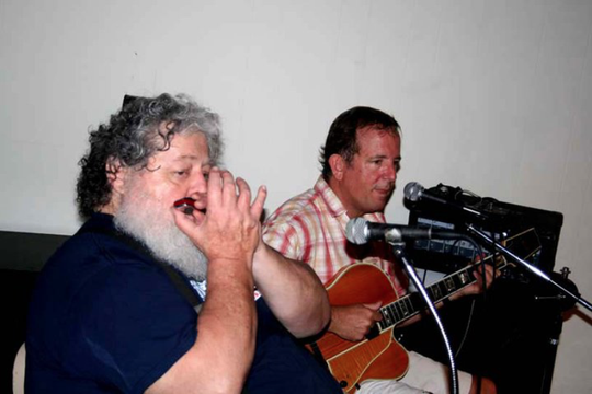 Dicky Neely (harmonica) and Guy Le Roux.