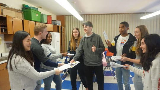Union Catholic celebrated Philanthropy Day with a student-to-student scholarship drive on Friday, March 1.