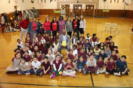 Mayor Adrian O. Mapp celebrated  Wacky Wednesday at Frederic W. Cook School. On Reading Day.