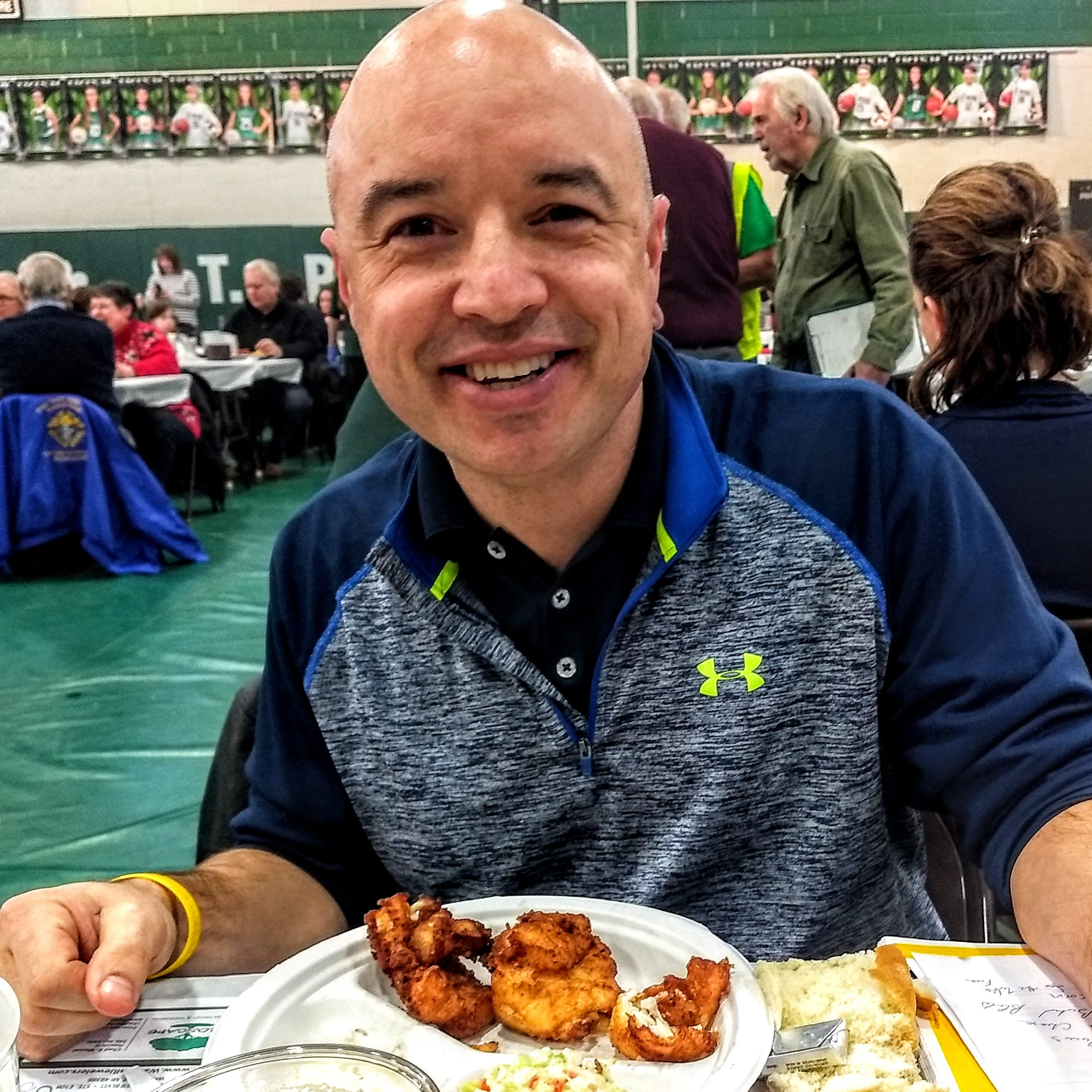 Meet the St. Clair Shores man who reviews fish fries during Lent