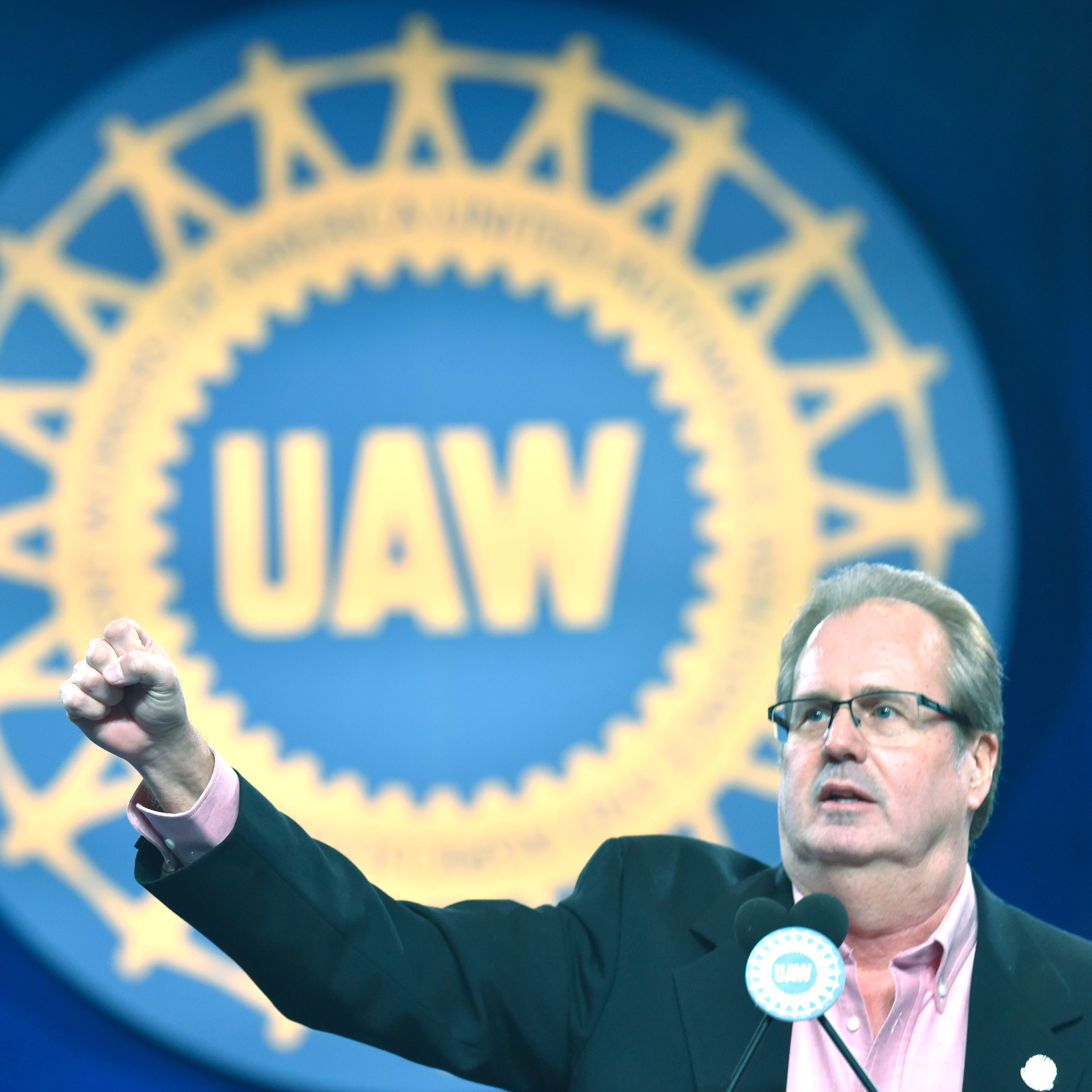 UAW gears up for tough fight with Detroit Three