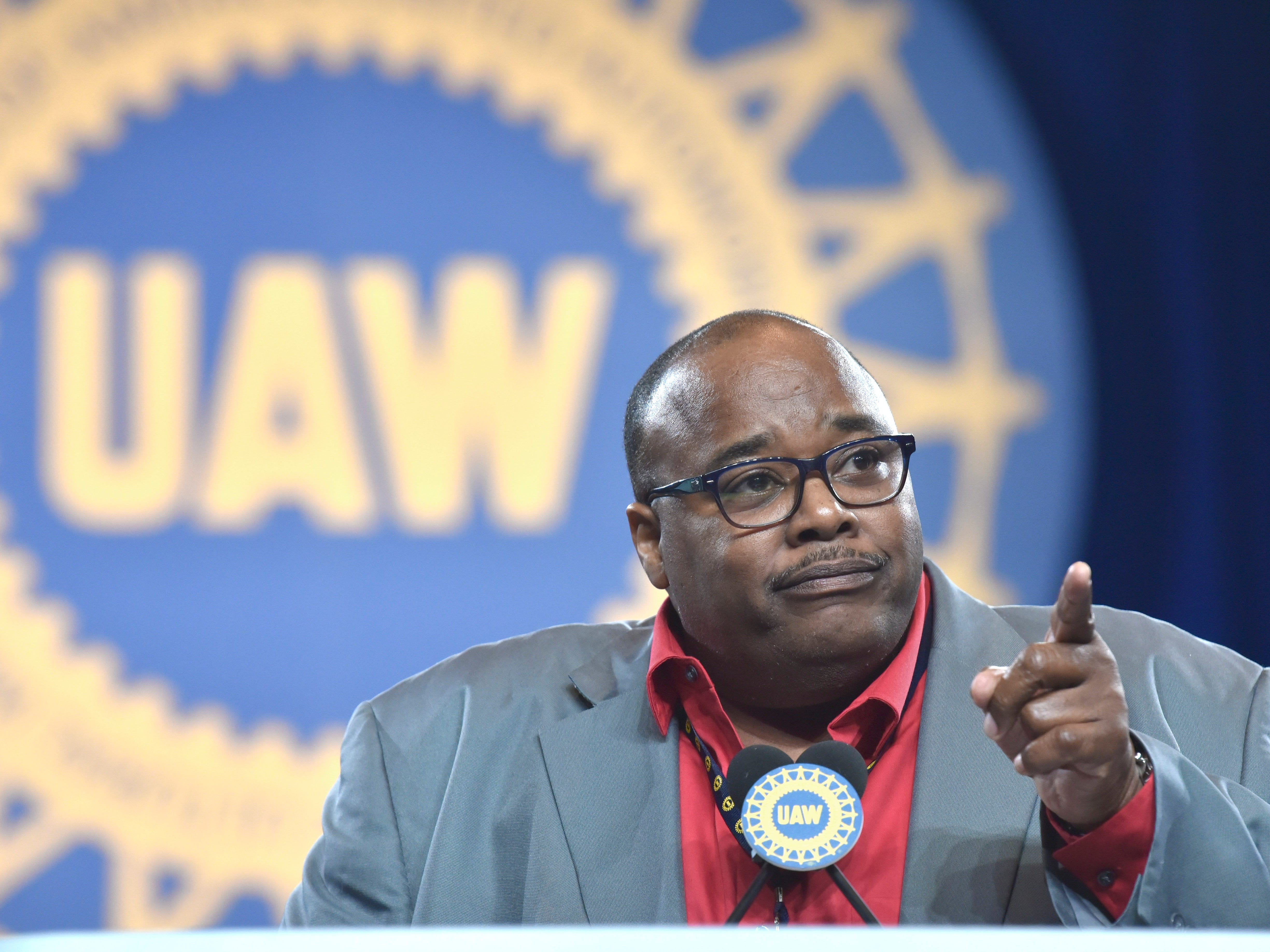 VP Rory Gamble gives a sector report / Intro of the UAW Ford National Negotiating Team.