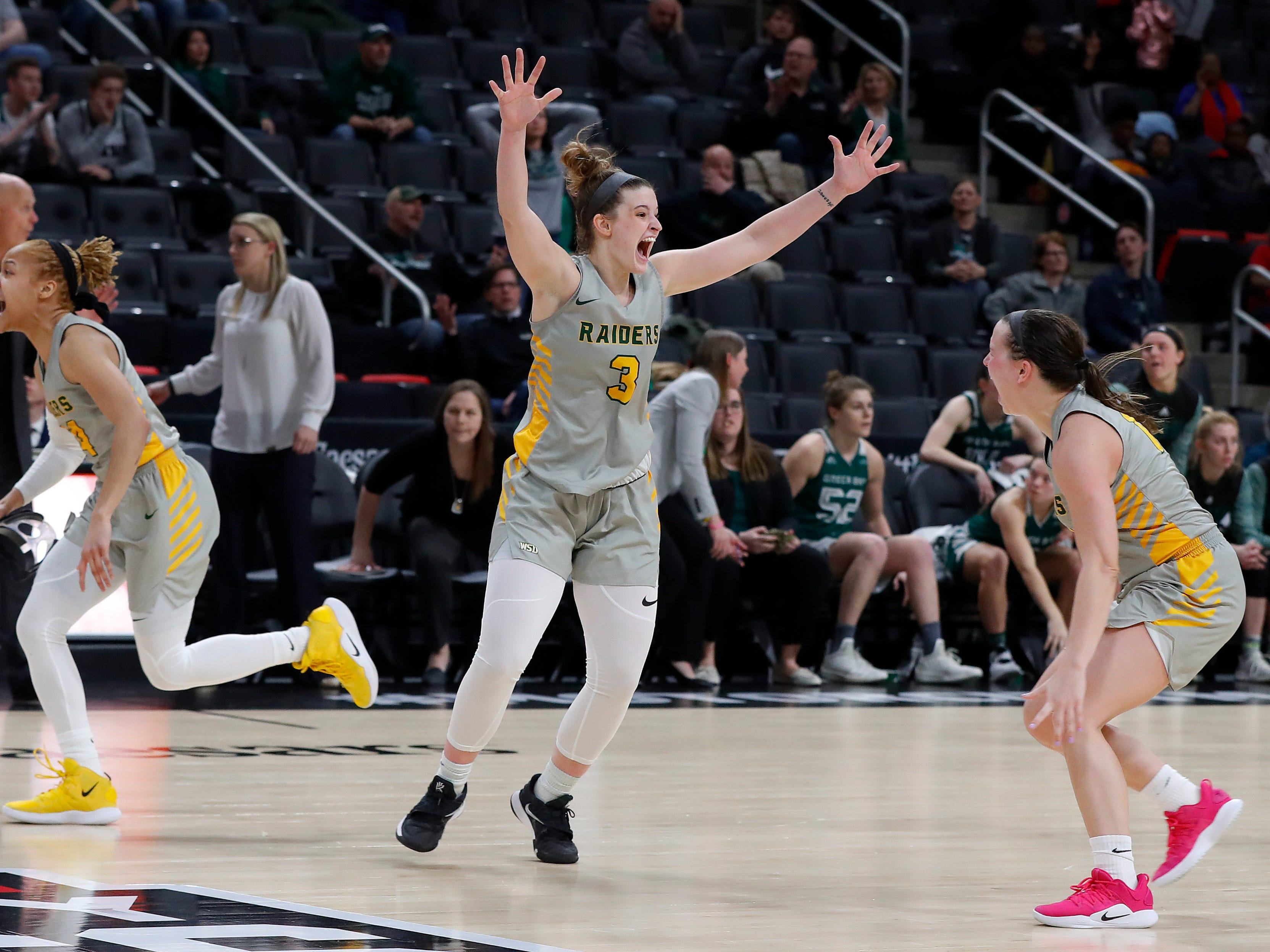 Wright State guard Emily Vogelpohl (3) celebrates their 55-52 victory over Green Bay.