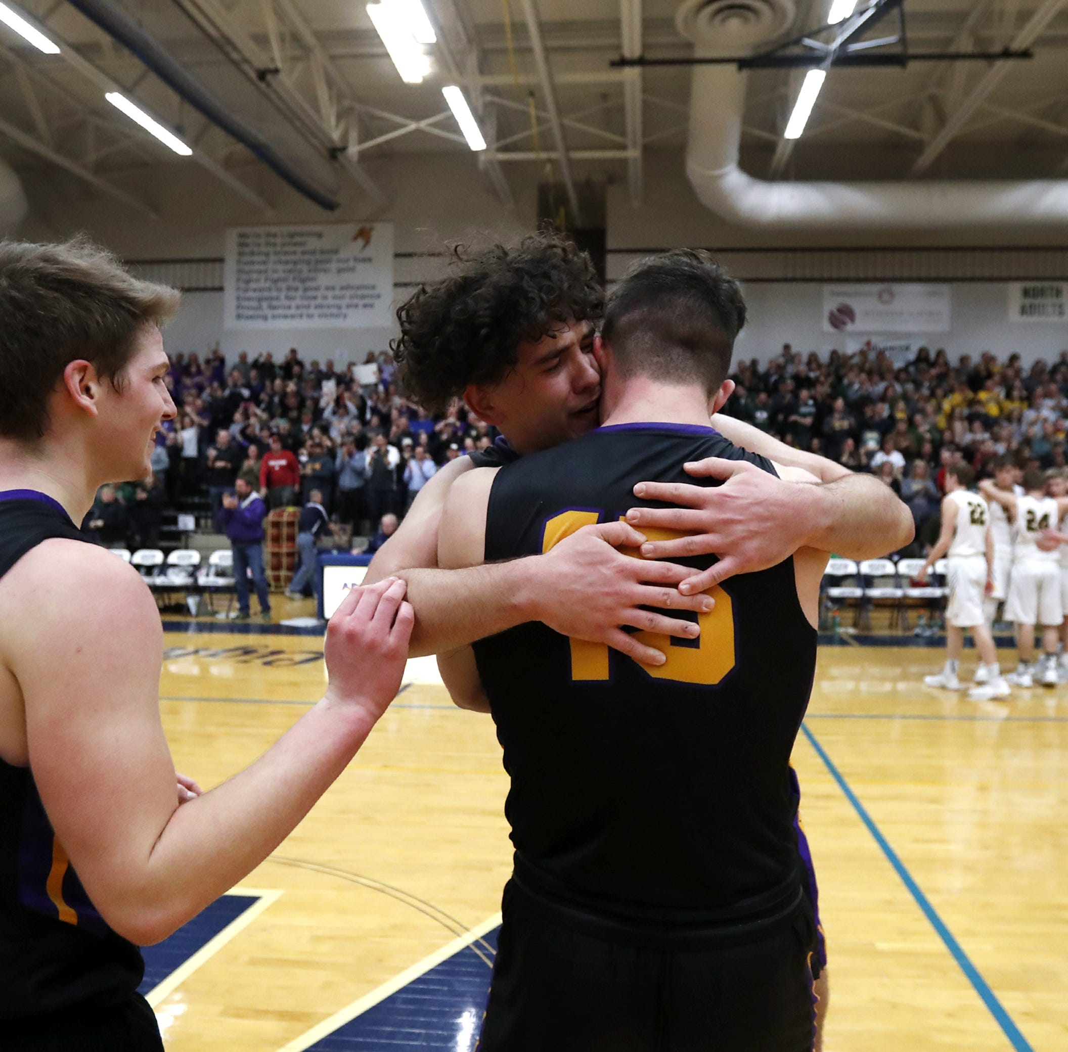 WIAA state basketball: Denmark's Brady Jens doesn't let tragedy stop him